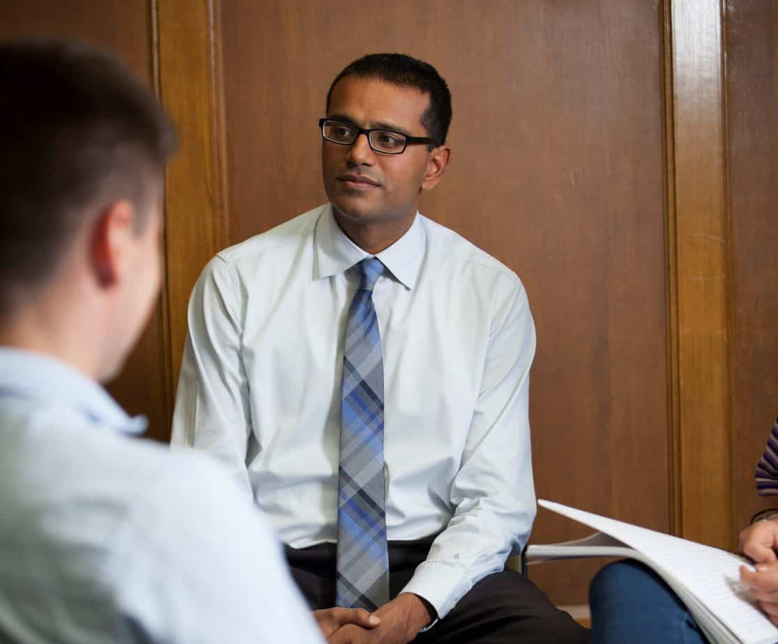 Shadaab Rahemtulla speaks informally with students