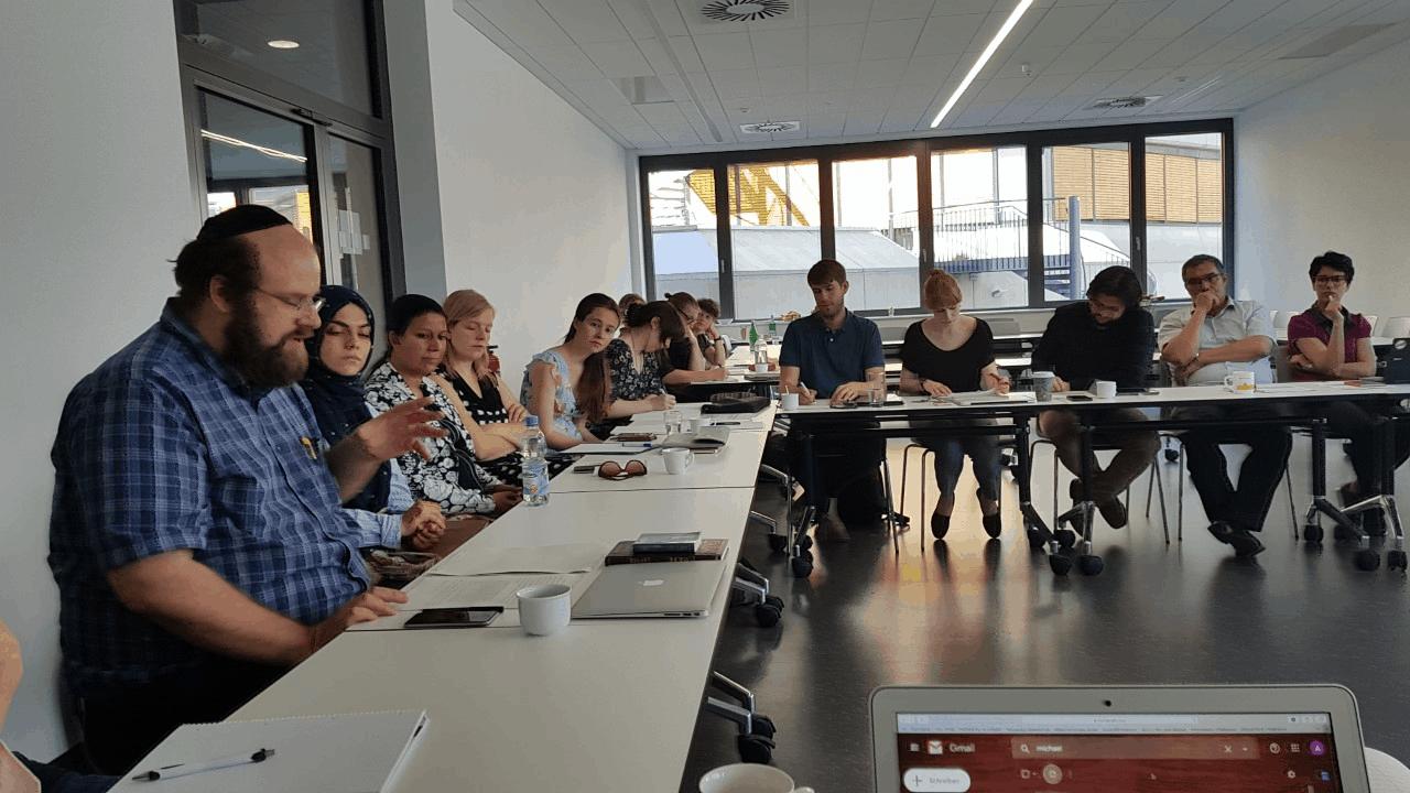 Jewish, Muslim, and Christian students discuss